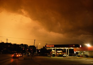 Texaco thunder storm - 5 min later I got wet