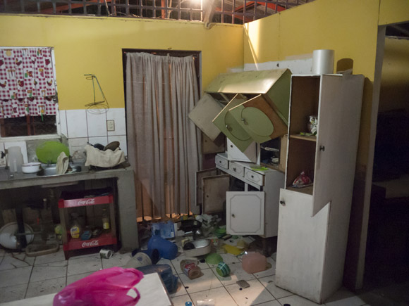 This is how we found our holiday home on the day of the earthquake. It's in Tamarindo, near the epicenter.