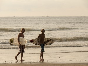 Two surfers in Tamarindo
